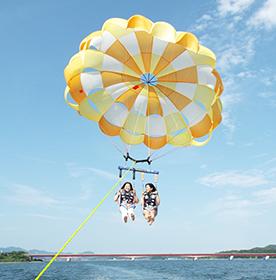 浜名湖レイクアクティビティパラセーリング