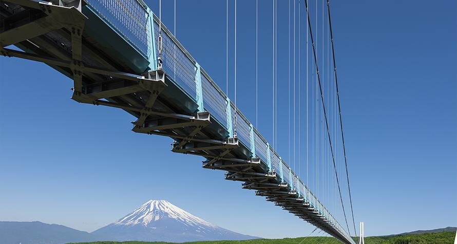 日本一の富士山を望む吊り橋からの絶景!