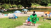 夏の自然プールと冒険旅行