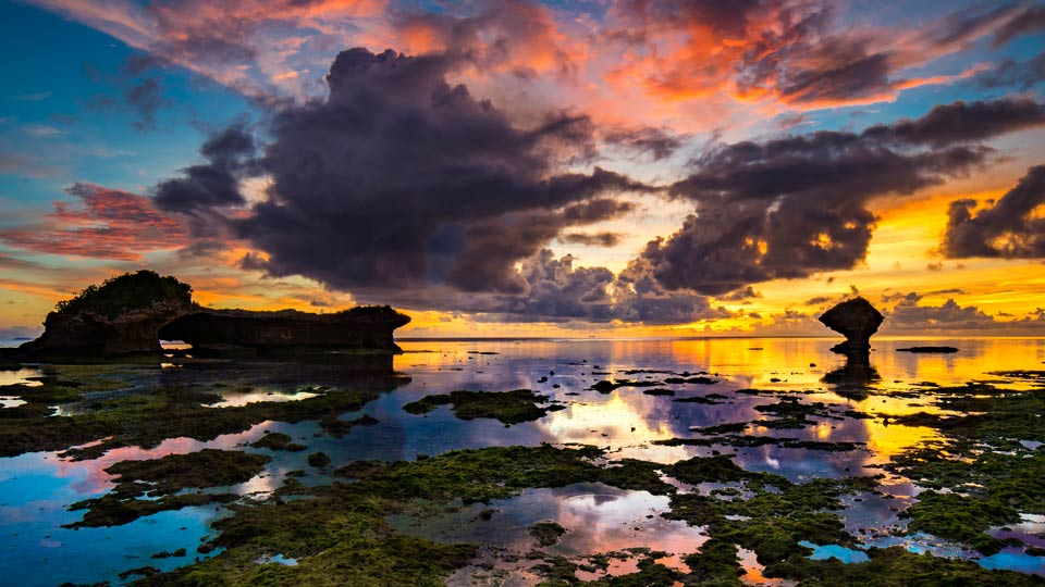 沖縄の絶景スポット38選!定番から離島まで南国の大自然を満喫