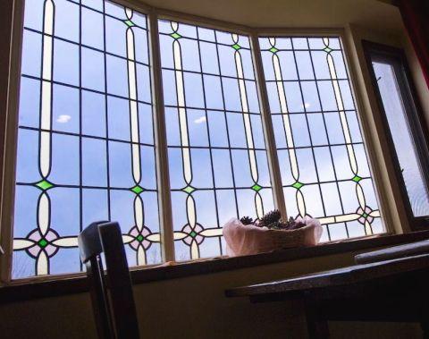 海側客室/301号室(アンティーク調の出窓)