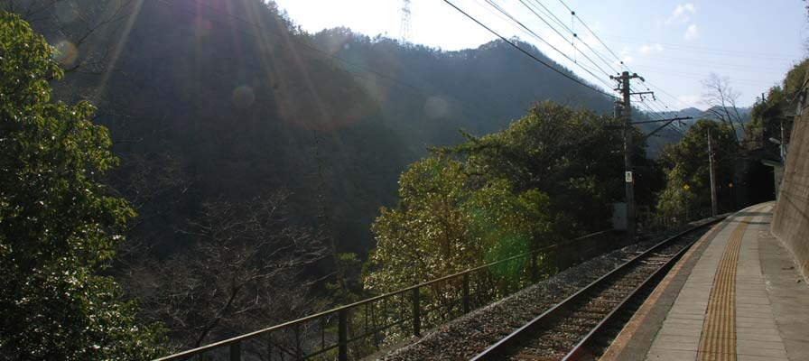 สถานีทาโมโตะ
