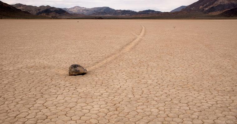 デスヴァレー国立公園の動く石