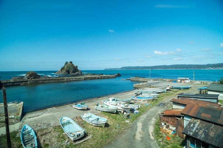 リゾートしらかみ 日本海