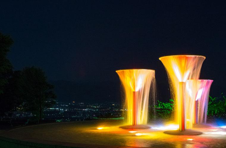 山梨県笛吹川フルーツ公園の夜景