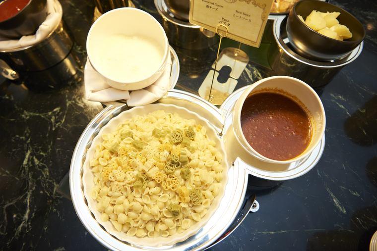 東京ディズニーランドホテル シャーウッドガーデン・レストラン 朝食 ミッキー&フレンズの「ショートパスタ」