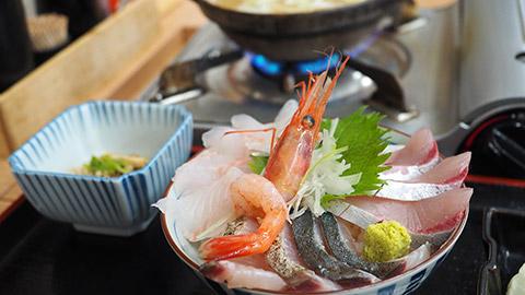 新鮮海鮮丼と高岡の街歩き。冬の富山を食す1泊2日グルメ旅(後半)