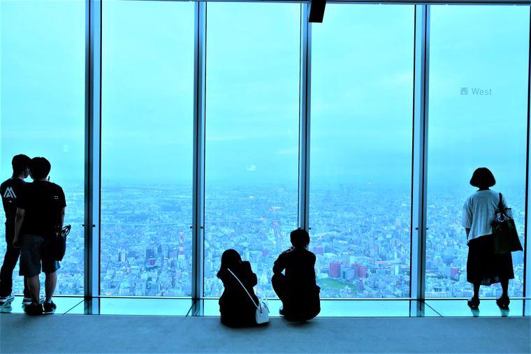 大阪 あべのハルカス 展望台ハルカス300でデート