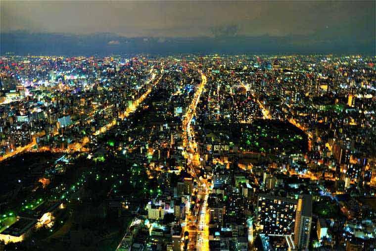 大阪 あべのハルカス 『SKY GARDEN 300』夜景