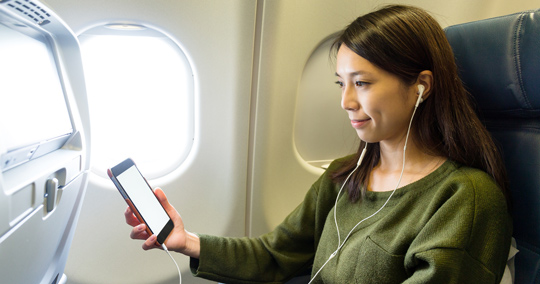 電子機器(携帯、音楽プレイヤーなど)で音楽を聞く