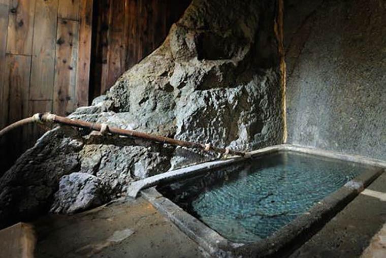 くつろぎ宿 千代の滝「遊月の湯」「ふもと湯」