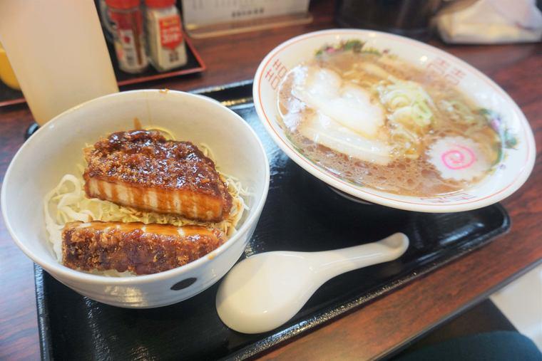「まるたか食堂」喜多方ラーメンとソースカツ丼