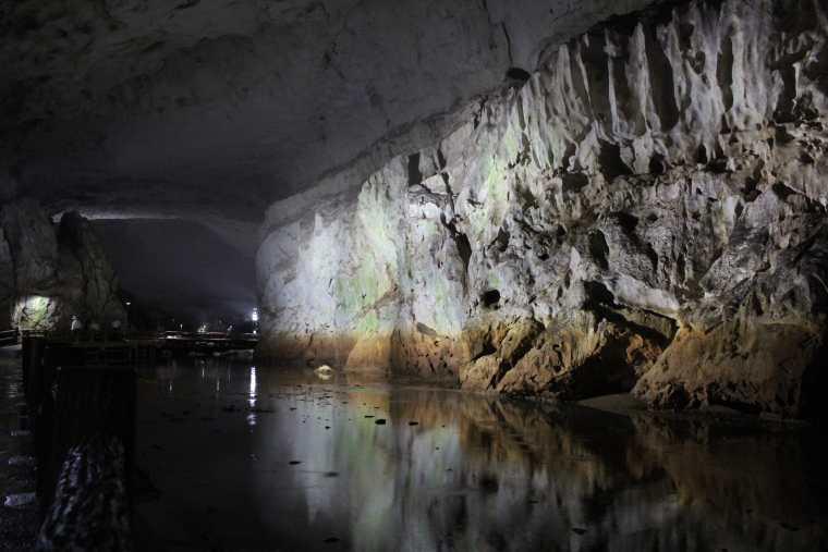 秋芳洞の本洞コース
