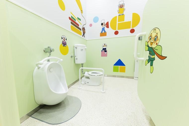 アンパンマンミュージアム ファミリーステーション トイレ