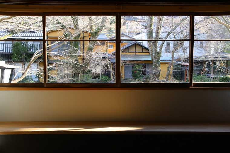 新井旅館「霞の棟」の客室