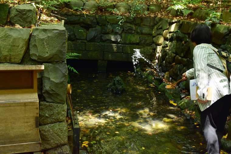熱田神宮 清水社