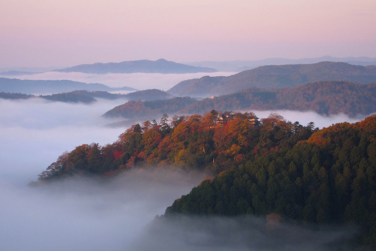 備中松山城と雲海