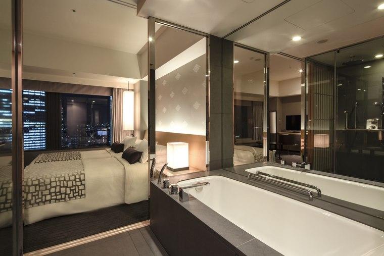 ザ・キャピトルホテル 東急 夜景 バスルーム