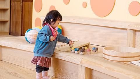 秋田 おもちゃ列車に乗って「木のおもちゃ美術館」へ出かけよう!