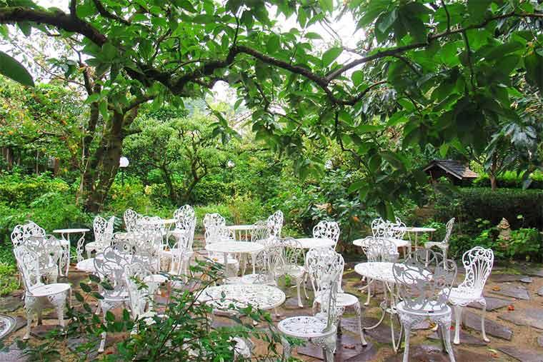 松屋  維新の庵の庭園