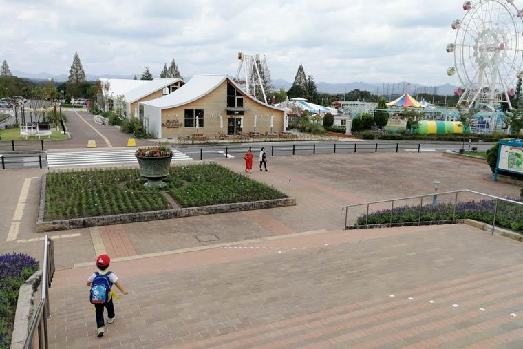 FARM CIRCUSの隣には遊園地もある