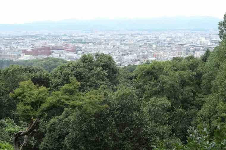 稲荷山の四ツ辻からの眺望