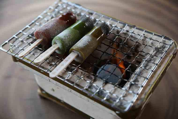 KAFE INARIの焼きアイス