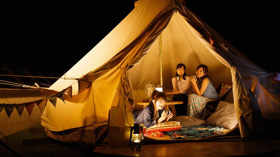 気軽に贅沢キャンプへ!話題の『グランピング』が楽しめる12施設