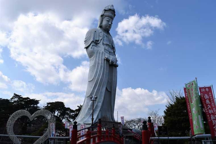 高崎市のシンボル「高崎白衣大観音」を拝観