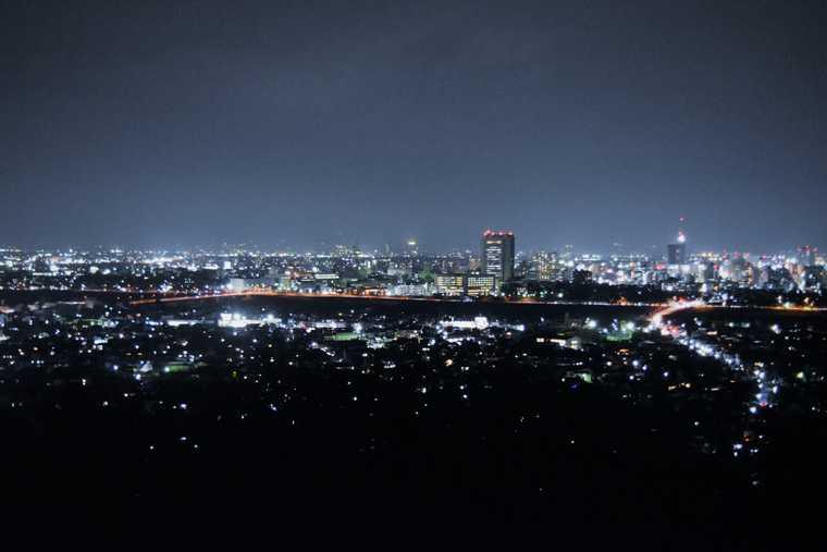 「観音山みはらし台」で夜景観賞