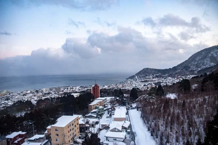 箱館山ロープウェイのゴンドラからの景色