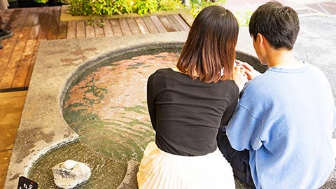 箱根湯本周辺おすすめ散策コース!温泉街で足湯やグルメを堪能