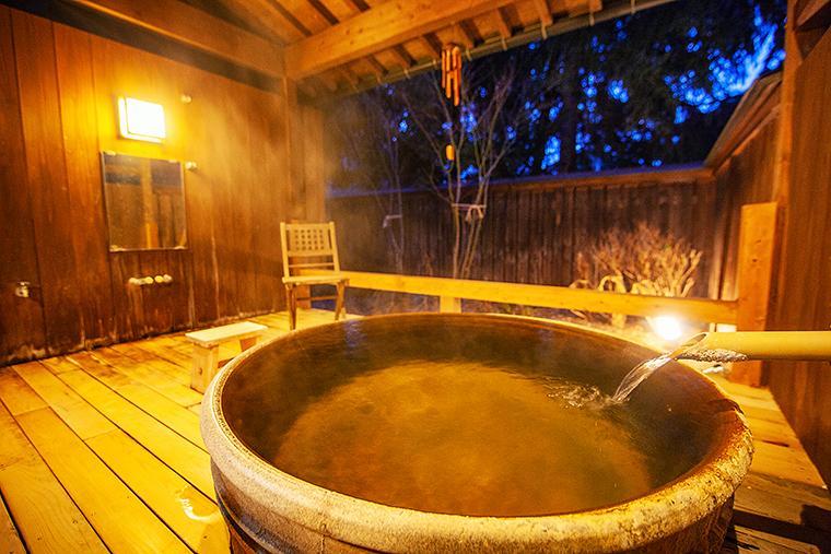 奥飛騨温泉郷 花ごころ万喜(ばんき) 貸切露天風呂