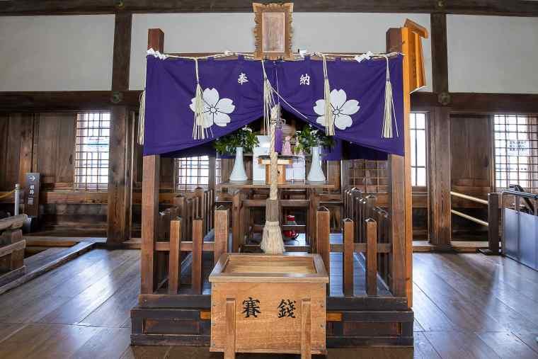 姫路城の天守閣にある刑部神社