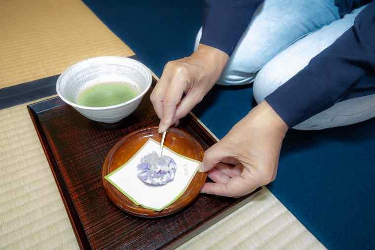 茶室「双樹庵」のお抹茶と生菓子