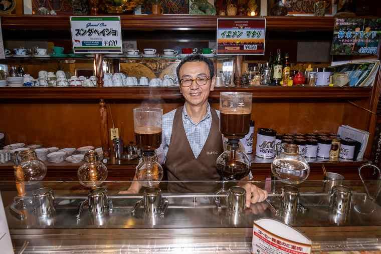 はまもとコーヒー店長の浜本卓弥さん