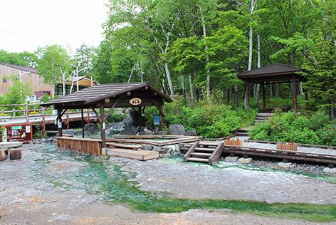 川湯温泉の足湯