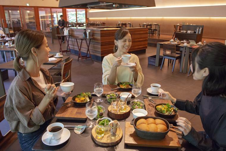 星のや富士のメインダイニングの朝食