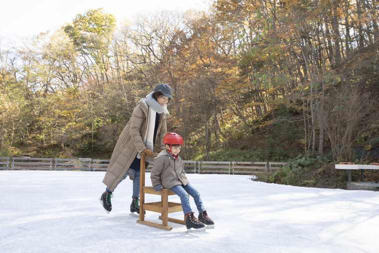 星のや軽井沢 ケラ池スケートリンク