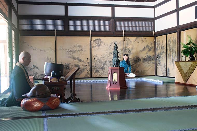 星のや京都 朝のお勤め