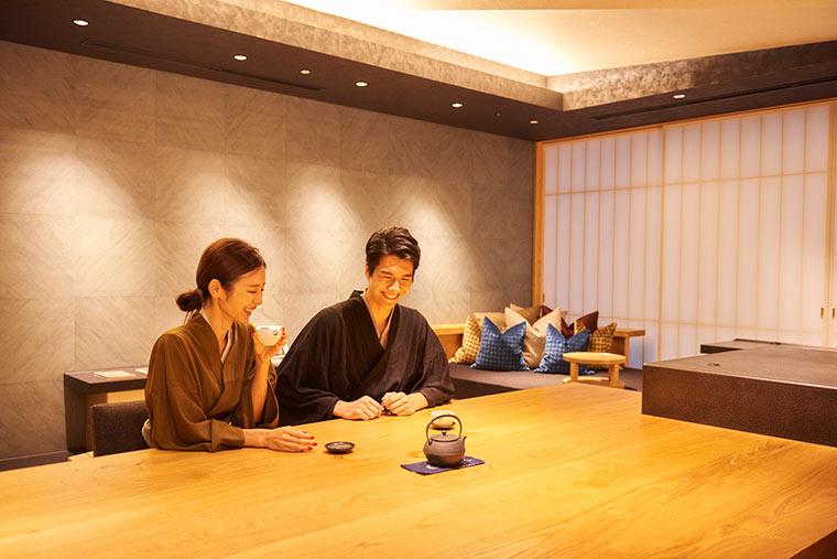 星のや東京 「お茶の間ラウンジ」