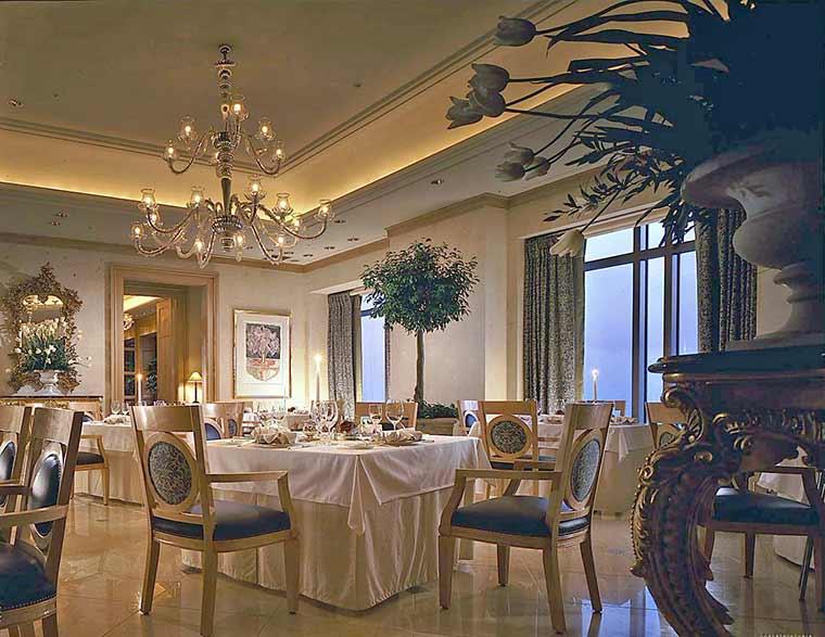 ホテル阪急インターナショナル レストラン「マルメゾン」