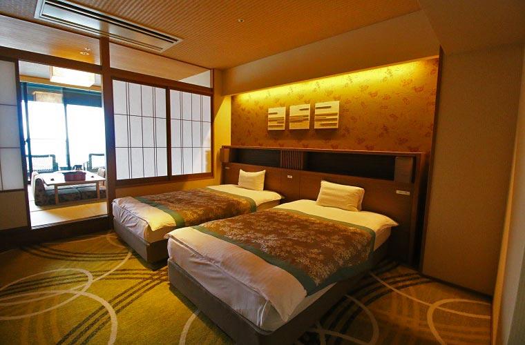 和室と寝室がセパレートになっている富士見亭の特別室