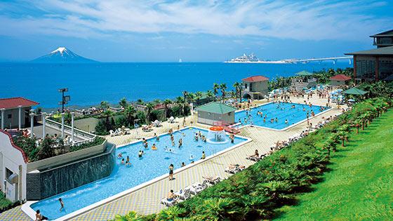 都心からすぐ!子連れに大人気「龍宮城スパ・ホテル三日月」でプール&温泉ざんまい