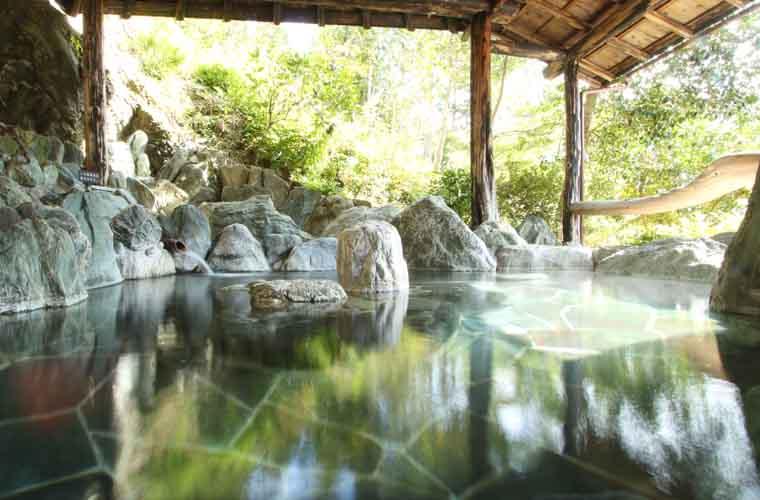 ホテルかずら橋 貸し切り露天風呂「筍の湯」
