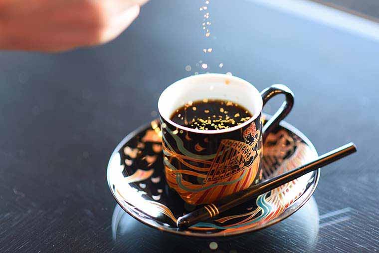 金沢金箔とコーヒー