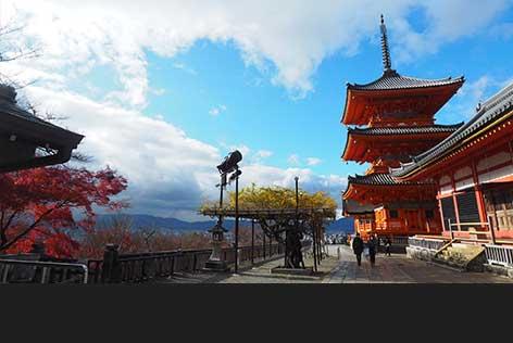 清水寺をドライバーさんの案内付きで回ってみる