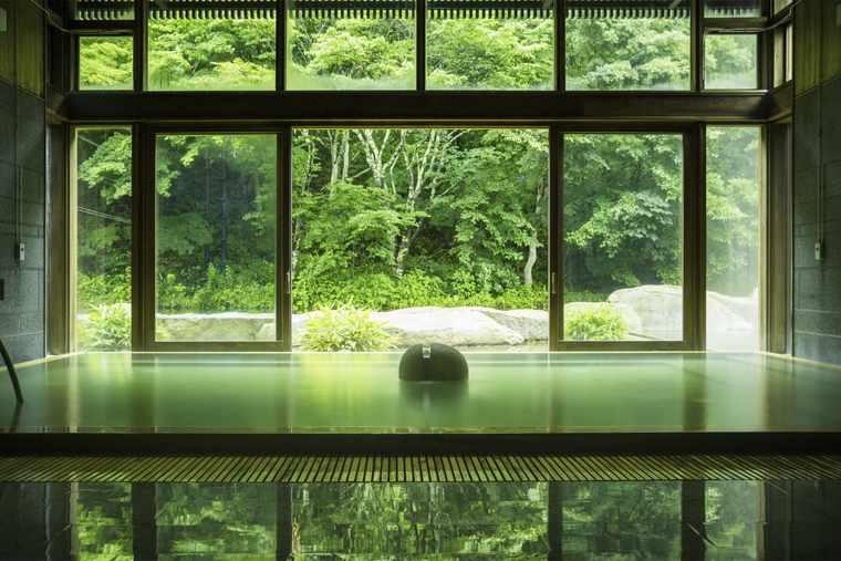 軽井沢星野エリア 星野温泉 トンボの湯