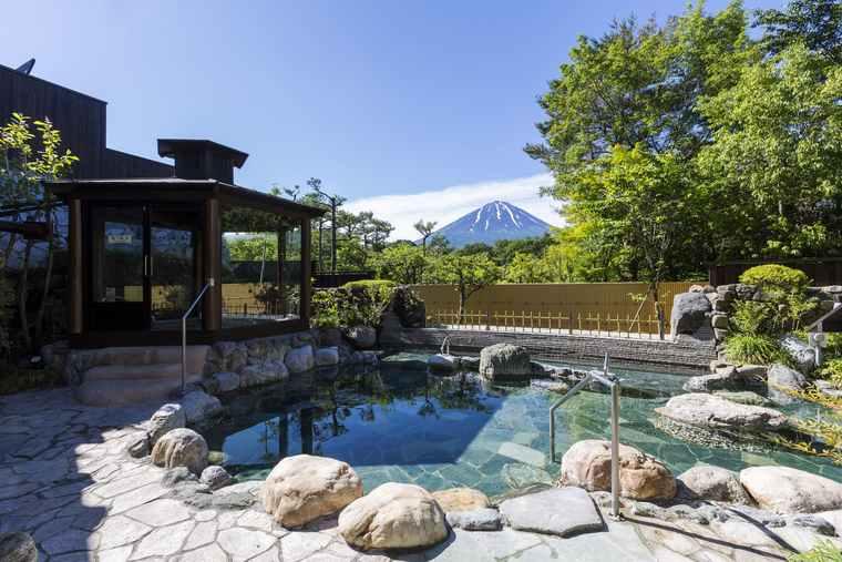 富士眺望の湯「ゆらり」の霊峰露天風呂