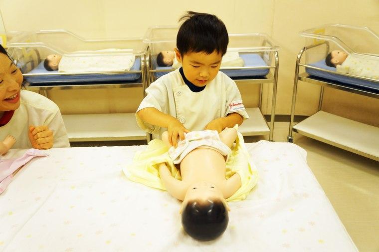 キッザニア東京 看護師 沐浴